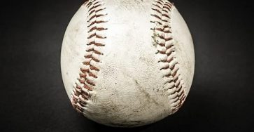 how many stitches does a baseball have